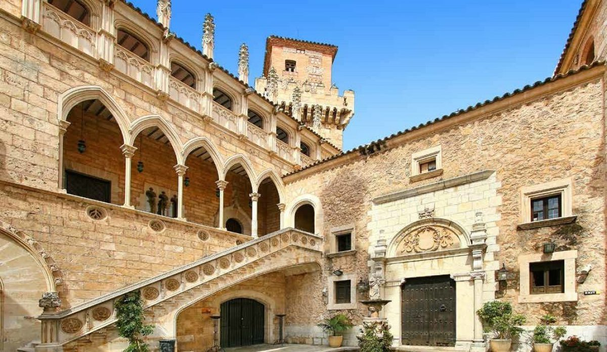 Your Guide To Poble Espanyol Barcelona A Catalan Culture Walk
