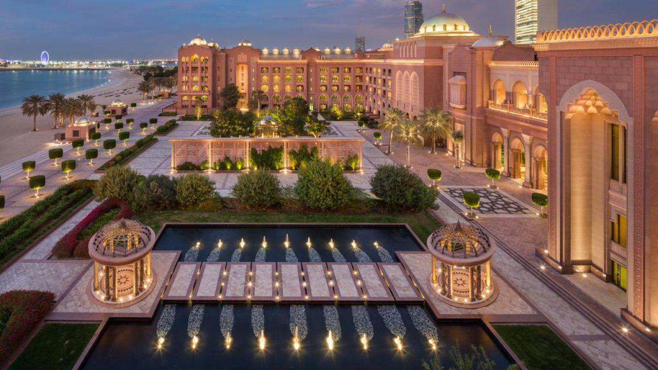 Kết quả hình ảnh cho Emirates Palace in side